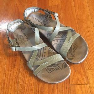 Light green Merrell sandals size 10